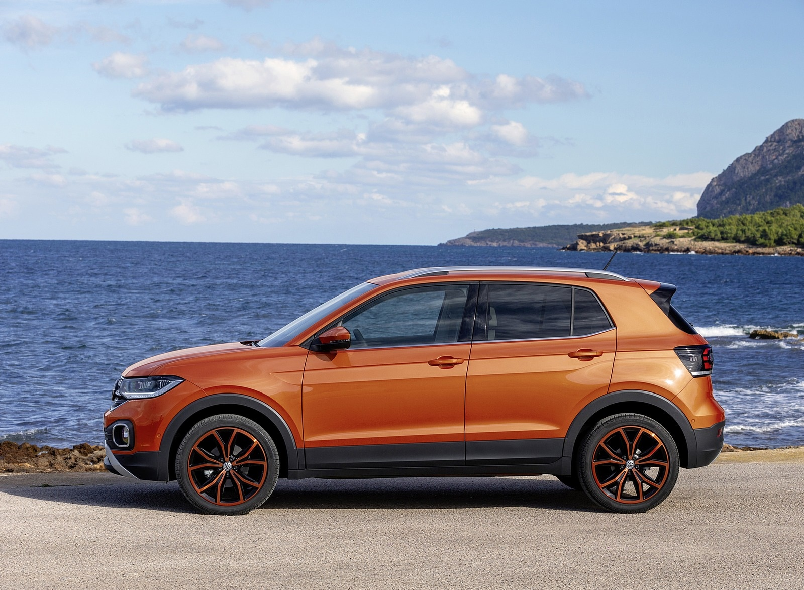 2019 Volkswagen T-Cross Side Wallpaper (13)