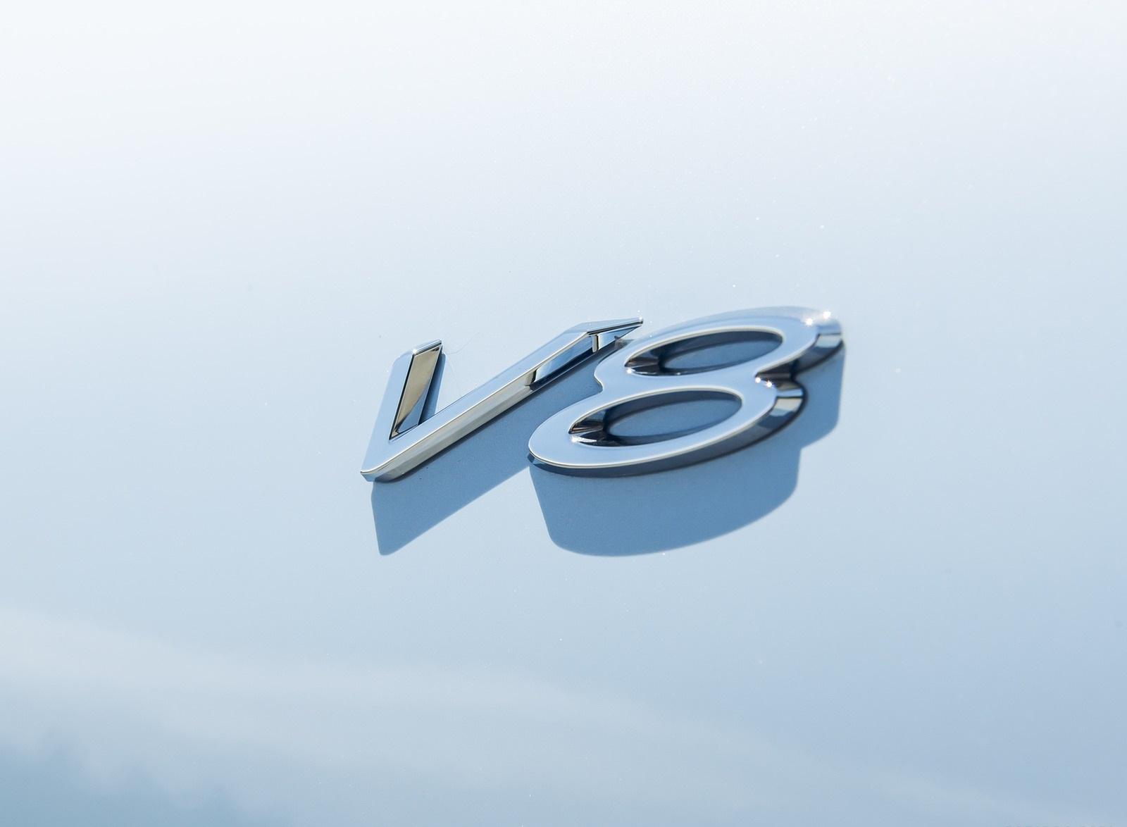 2020 Bentley Continental GT V8 Convertible Badge Wallpapers (15)