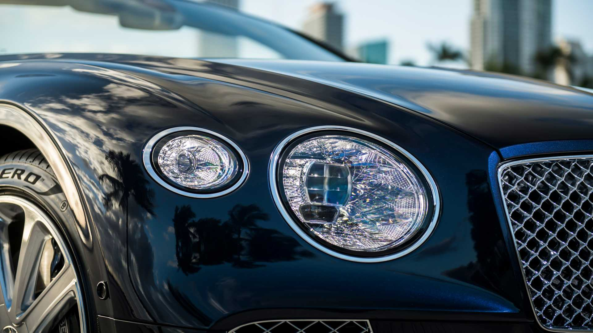 2020 Bentley Continental GT V8 Convertible Headlight Wallpapers (13)