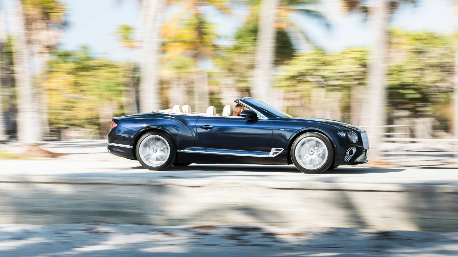 2020 Bentley Continental GT V8 Convertible Side Wallpapers (5)