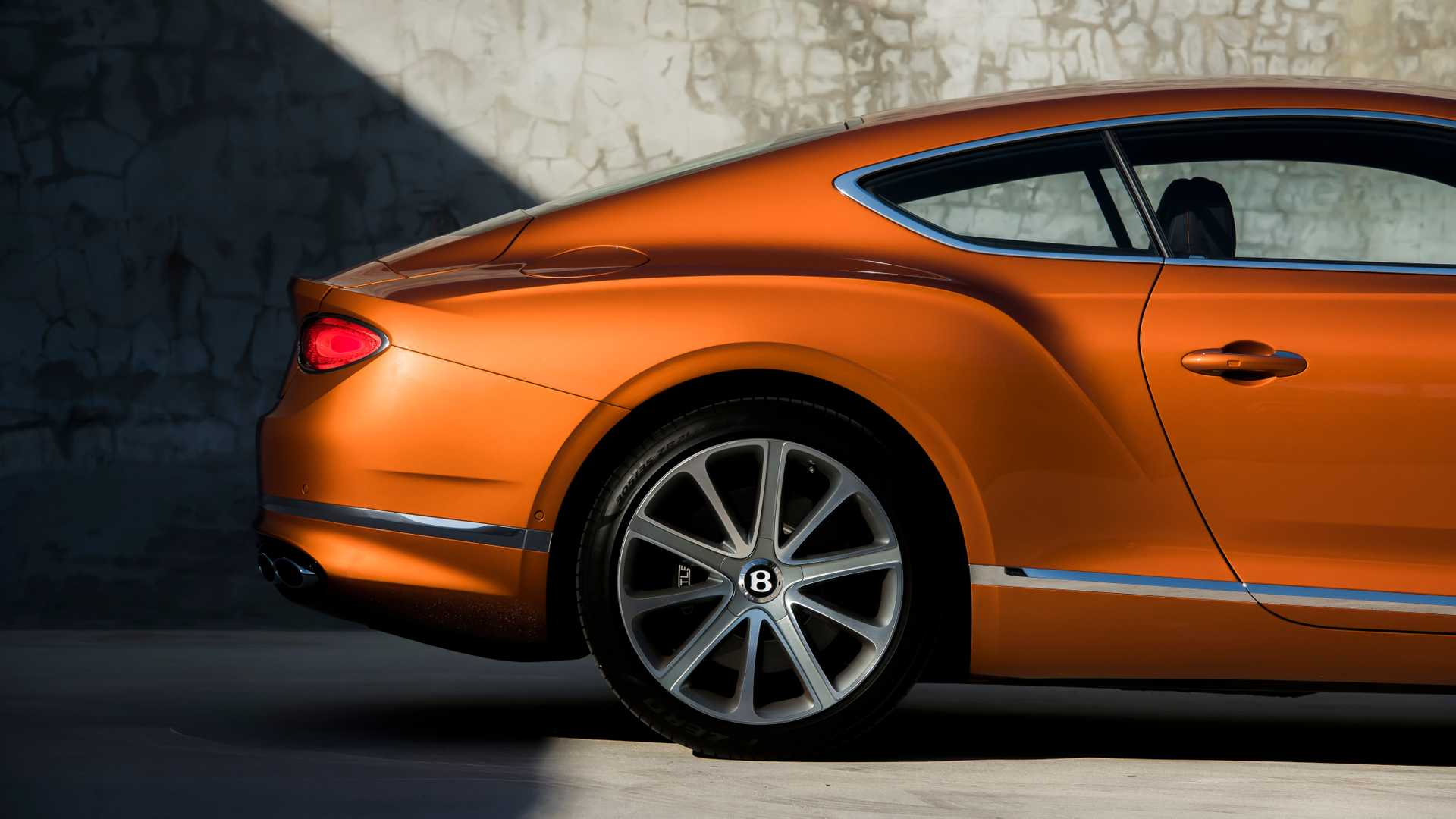2020 Bentley Continental GT V8 Coupe Detail Wallpapers (12)