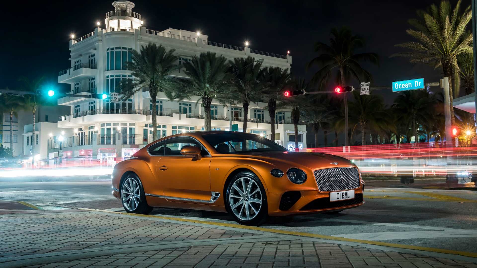 2020 Bentley Continental GT V8 Coupe Front Three-Quarter Wallpapers (14)