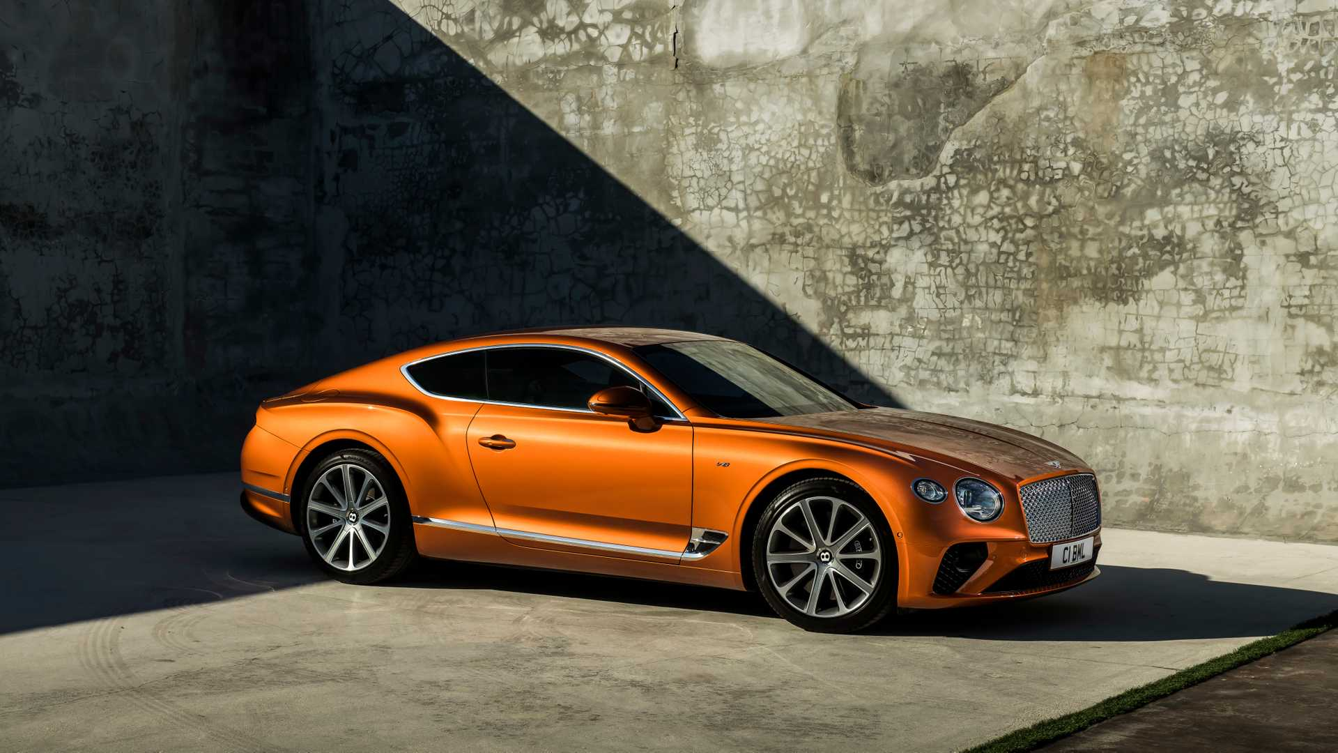 2020 Bentley Continental GT V8 Coupe Front Three-Quarter Wallpapers (7)