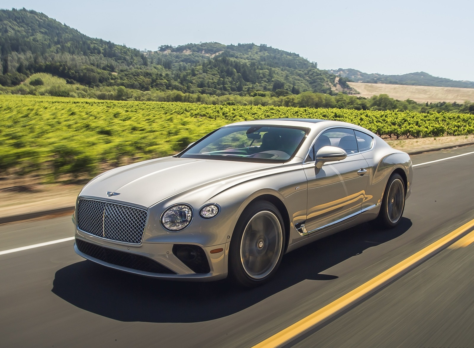 2020 Bentley Continental GT V8 Coupe Front Three-Quarter Wallpapers #33 of 135