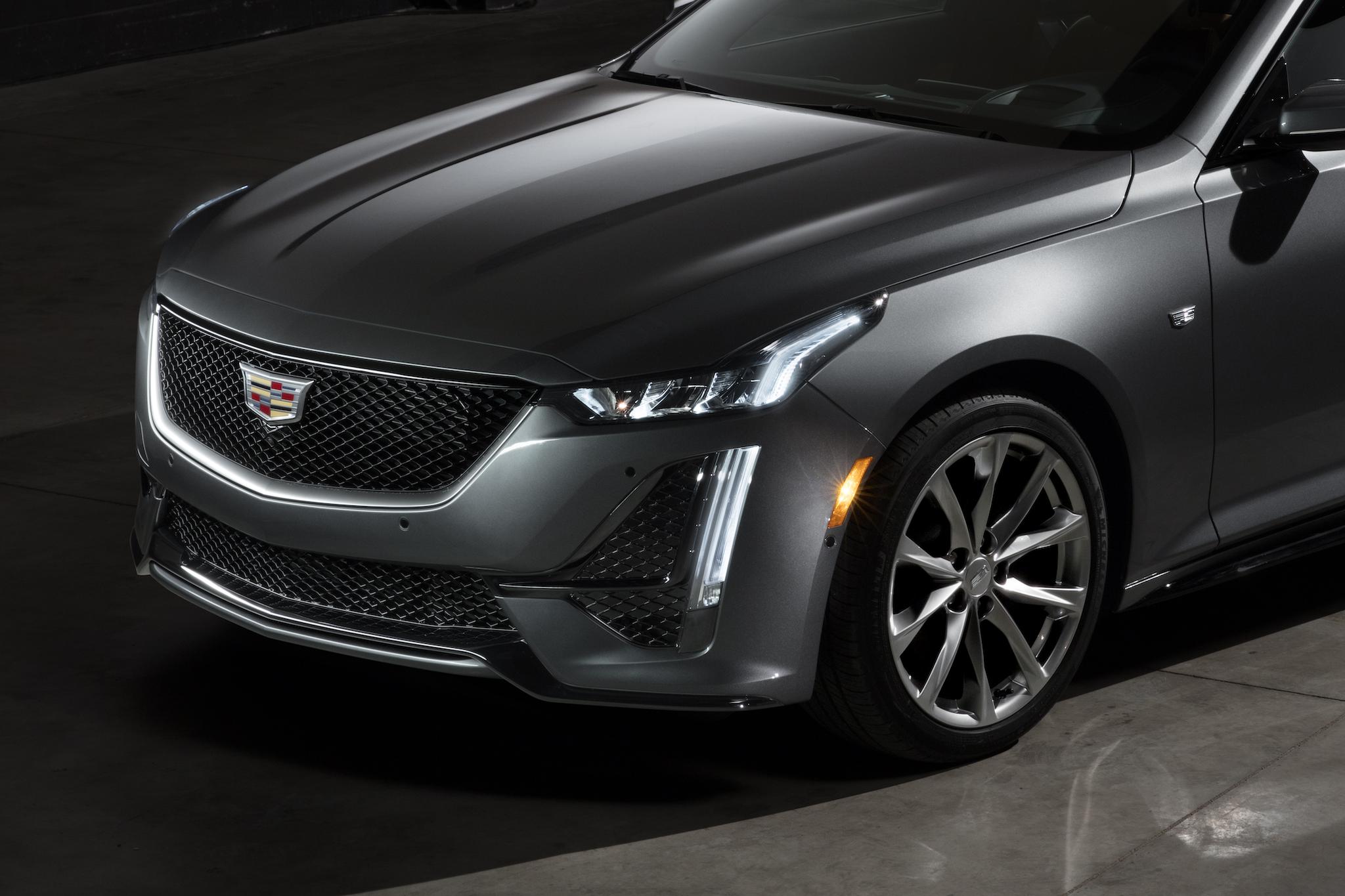 2020 Cadillac CT5 Front Bumper Wallpaper (5)