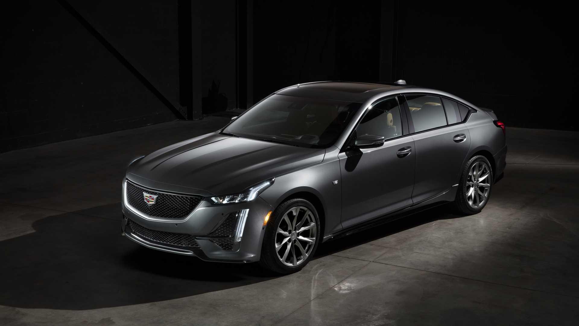 2020 Cadillac CT5 Front Three-Quarter Wallpaper (1)