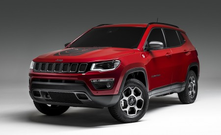 2020 Jeep Compass PHEV Front Three-Quarter Wallpaper 450x275 (3)
