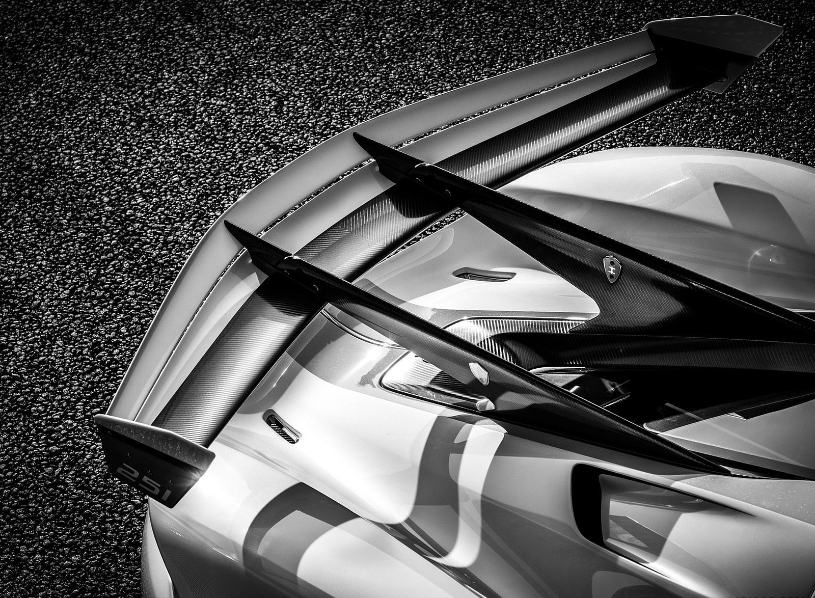 2020 Koenigsegg Jesko Spoiler Wallpapers (9)