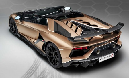 2020 Lamborghini Aventador SVJ Roadster Rear Three-Quarter Wallpaper 450x275 (30)