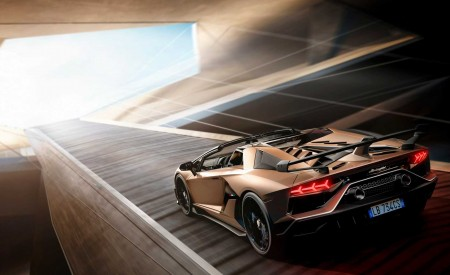 2020 Lamborghini Aventador SVJ Roadster Rear Three-Quarter Wallpaper 450x275 (3)