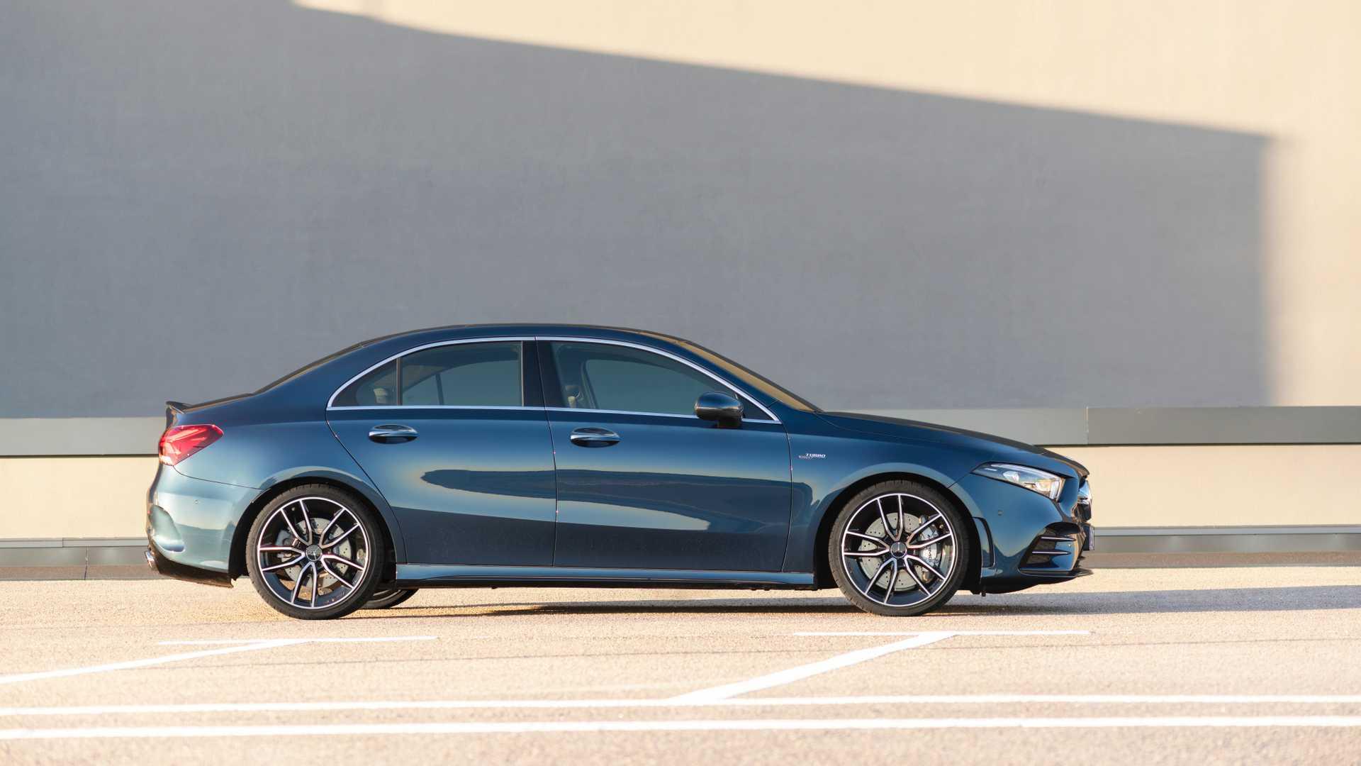 2020 Mercedes-AMG A 35 Sedan Side Wallpaper (14)