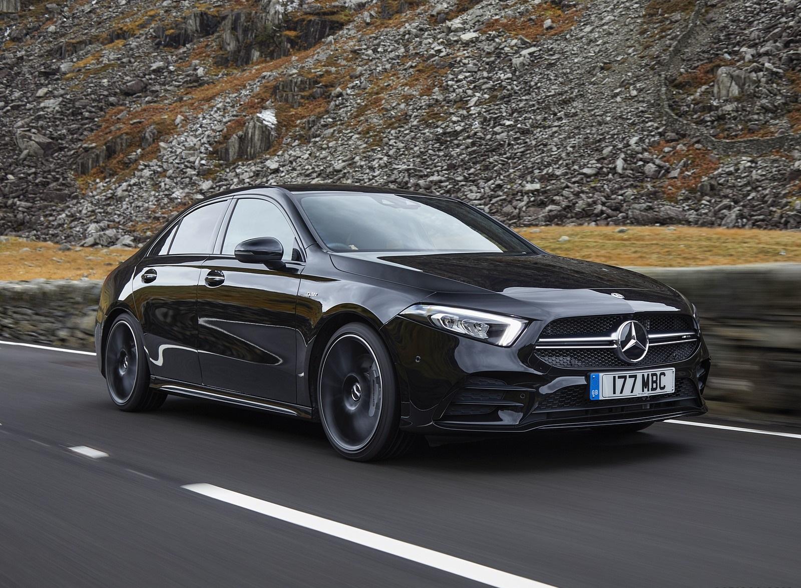 2020 Mercedes-AMG A 35 Sedan (UK-Spec) Front Three-Quarter Wallpapers (2)