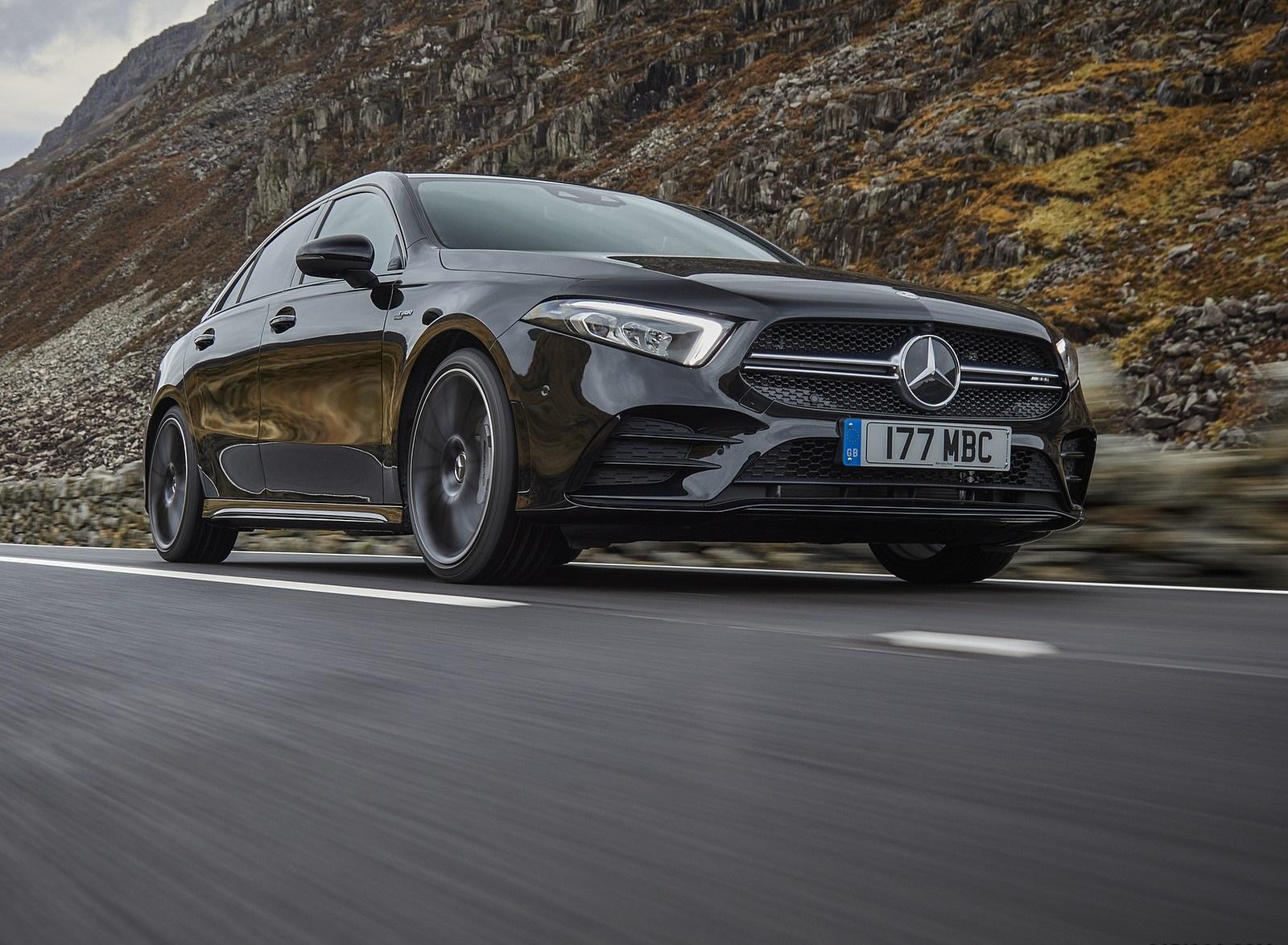 2020 Mercedes-AMG A 35 Sedan (UK-Spec) Front Three-Quarter Wallpapers (3)