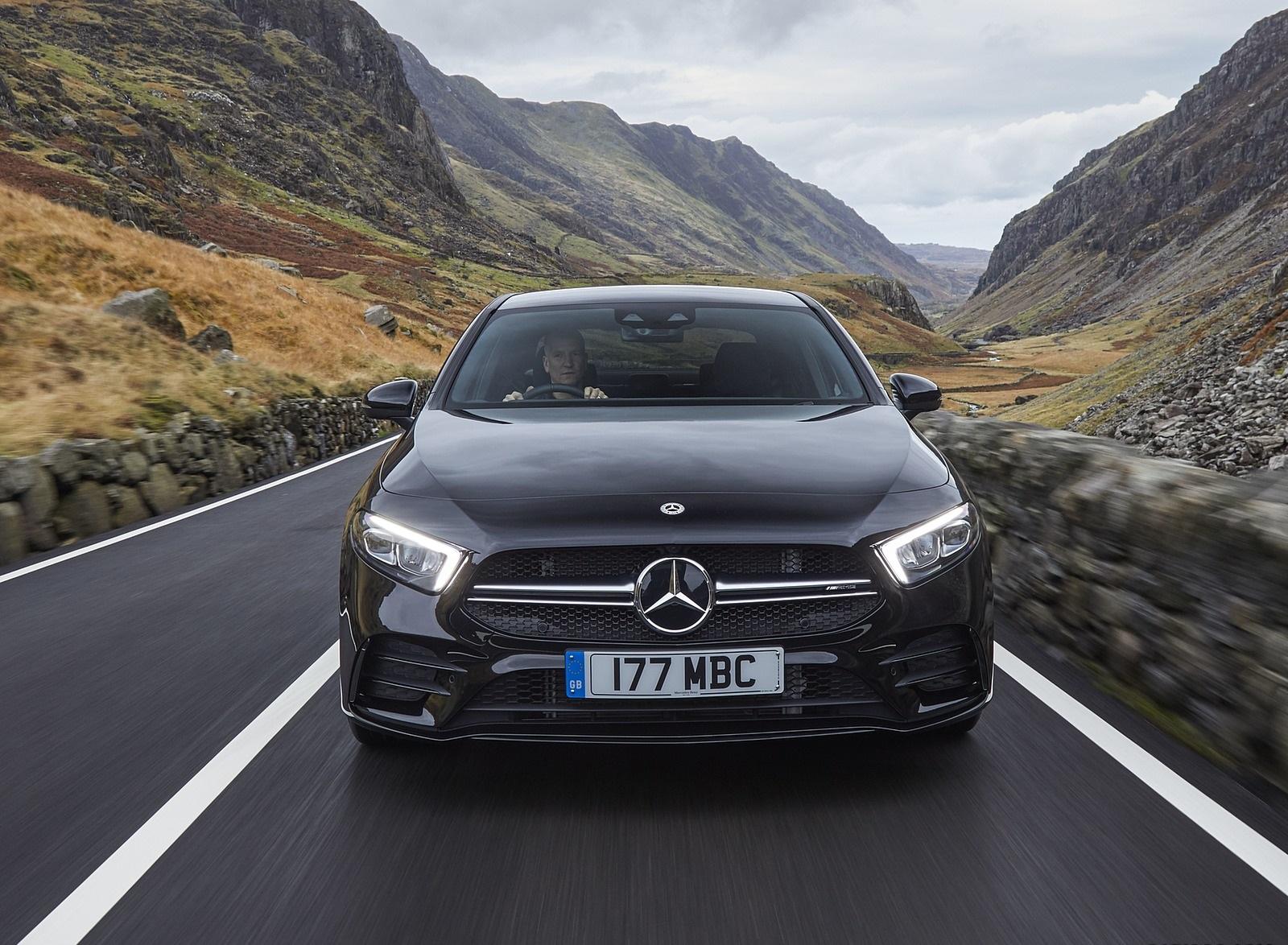 2020 Mercedes-AMG A 35 Sedan (UK-Spec) Front Wallpapers (7)