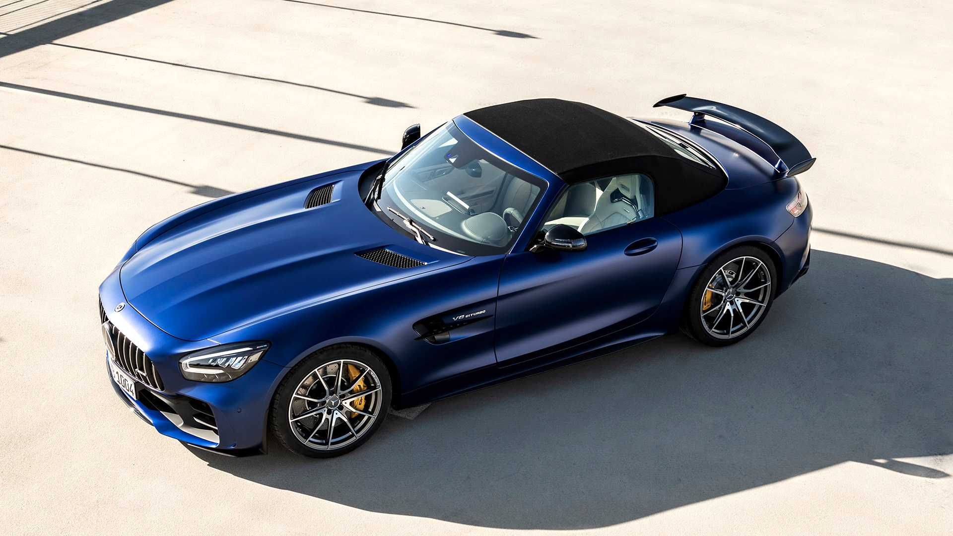 2020 Mercedes-AMG GT R Roadster Front Three-Quarter Wallpapers (8)