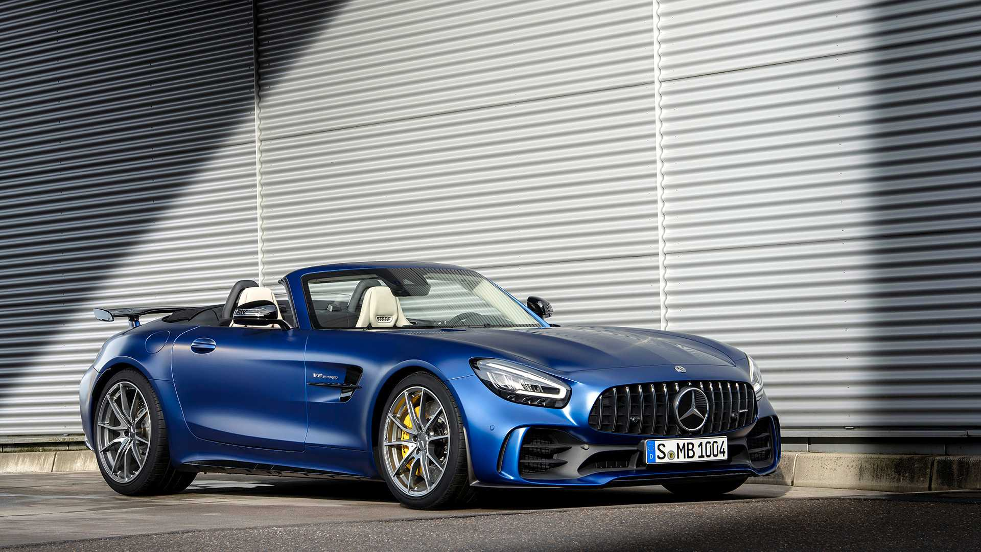 2020 Mercedes-AMG GT R Roadster Front Three-Quarter Wallpapers (9)
