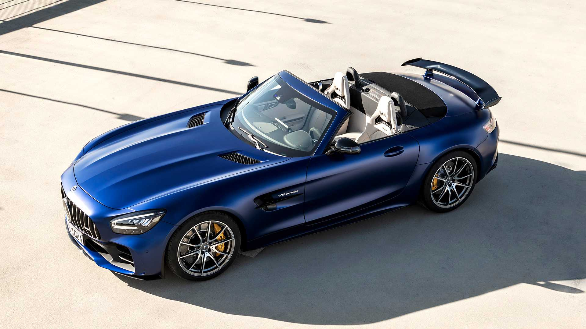 2020 Mercedes-AMG GT R Roadster Front Three-Quarter Wallpapers (11)