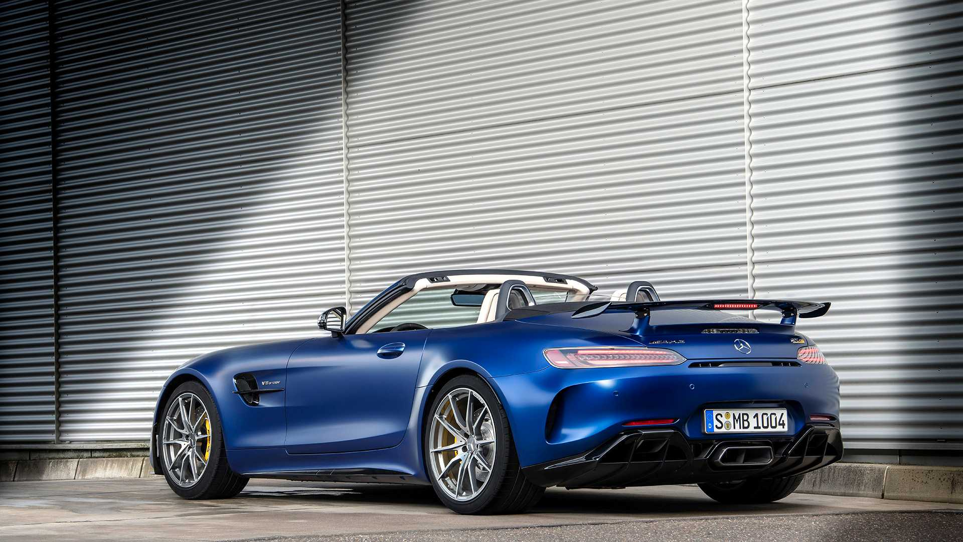 2020 Mercedes-AMG GT R Roadster Rear Three-Quarter Wallpapers (13)