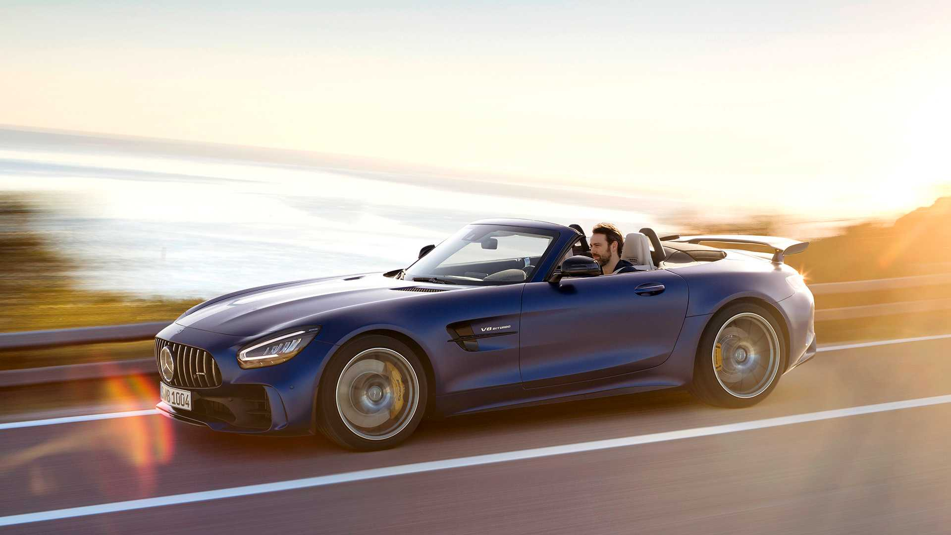 2020 Mercedes-AMG GT R Roadster Side Wallpapers (1)