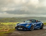 2020 Mercedes-AMG GT R Roadster (UK-Spec) Front Three-Quarter Wallpapers 150x120 (48)