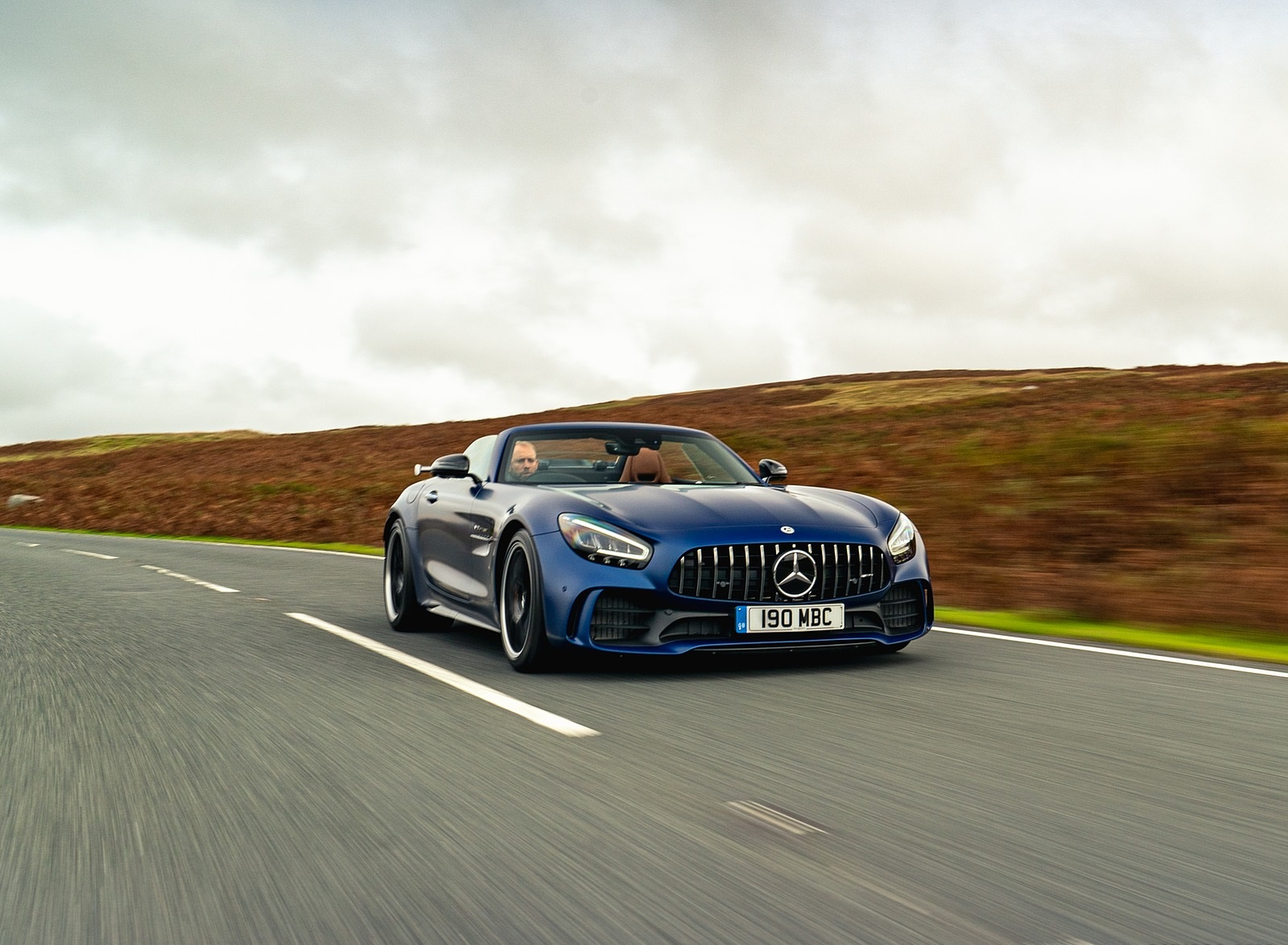 2020 Mercedes-AMG GT R Roadster (UK-Spec) Front Three-Quarter Wallpapers (5)