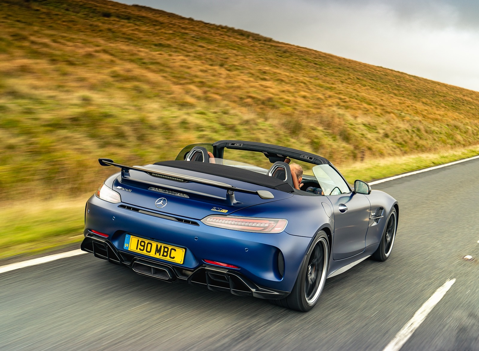 2020 Mercedes-AMG GT R Roadster (UK-Spec) Rear Three-Quarter Wallpapers (8)