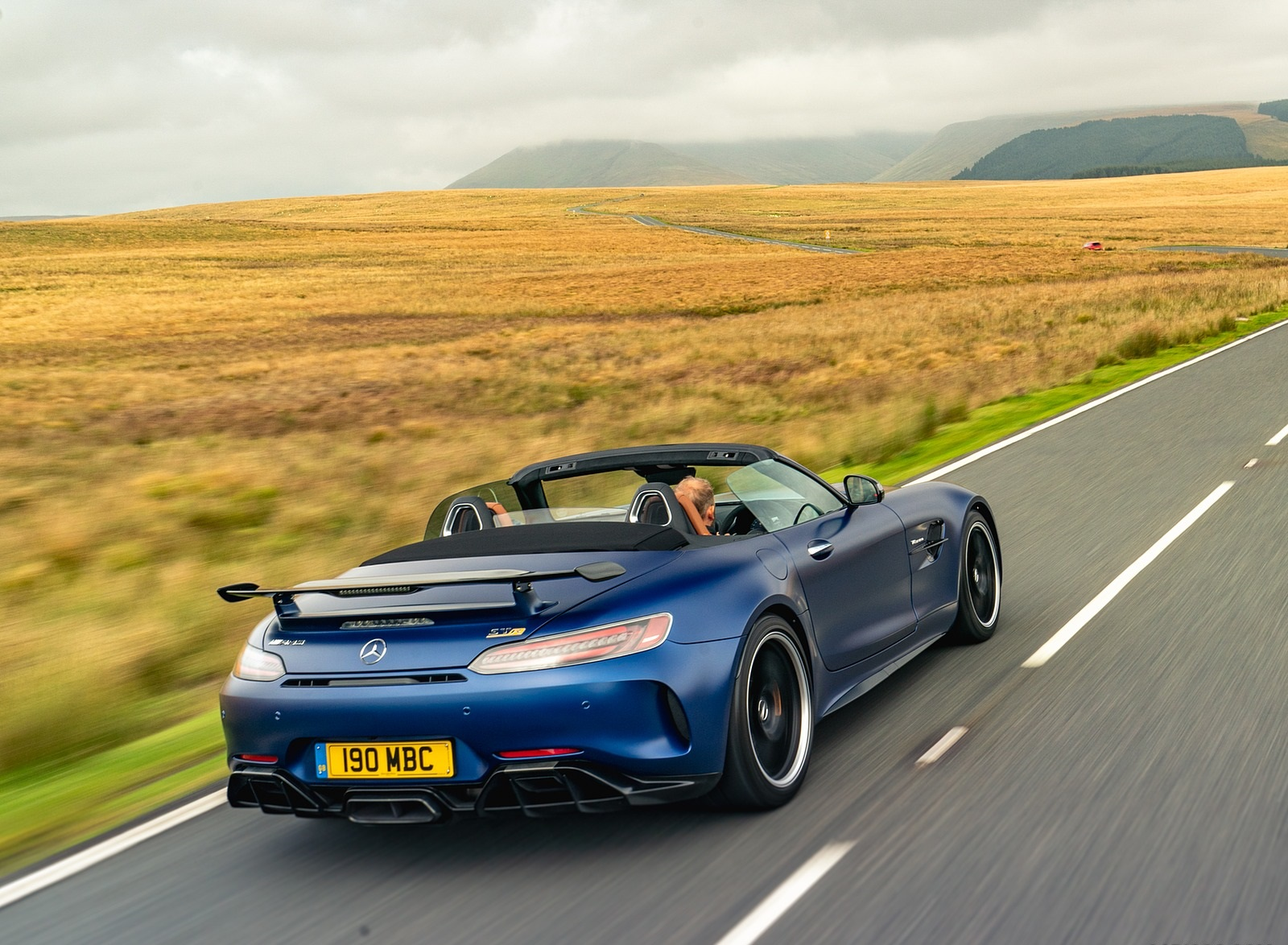 2020 Mercedes-AMG GT R Roadster (UK-Spec) Rear Three-Quarter Wallpapers (9)