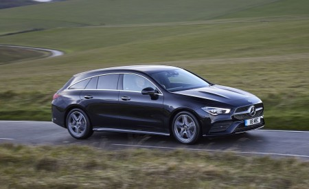 2020 Mercedes-Benz CLA 220 Shooting Brake (UK-Spec) Front Three-Quarter Wallpapers 450x275 (15)