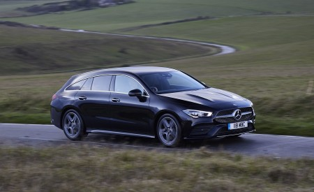 2020 Mercedes-Benz CLA 220 Shooting Brake (UK-Spec) Front Three-Quarter Wallpapers 450x275 (16)