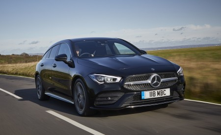 2020 Mercedes-Benz CLA 220 Shooting Brake (UK-Spec) Front Three-Quarter Wallpapers 450x275 (4)