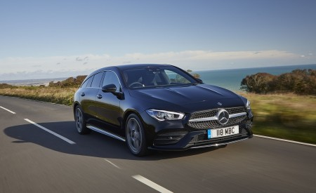 2020 Mercedes-Benz CLA 220 Shooting Brake (UK-Spec) Front Three-Quarter Wallpapers 450x275 (17)