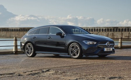 2020 Mercedes-Benz CLA 220 Shooting Brake (UK-Spec) Front Three-Quarter Wallpapers 450x275 (28)