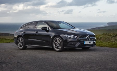 2020 Mercedes-Benz CLA 220 Shooting Brake (UK-Spec) Front Three-Quarter Wallpapers 450x275 (24)