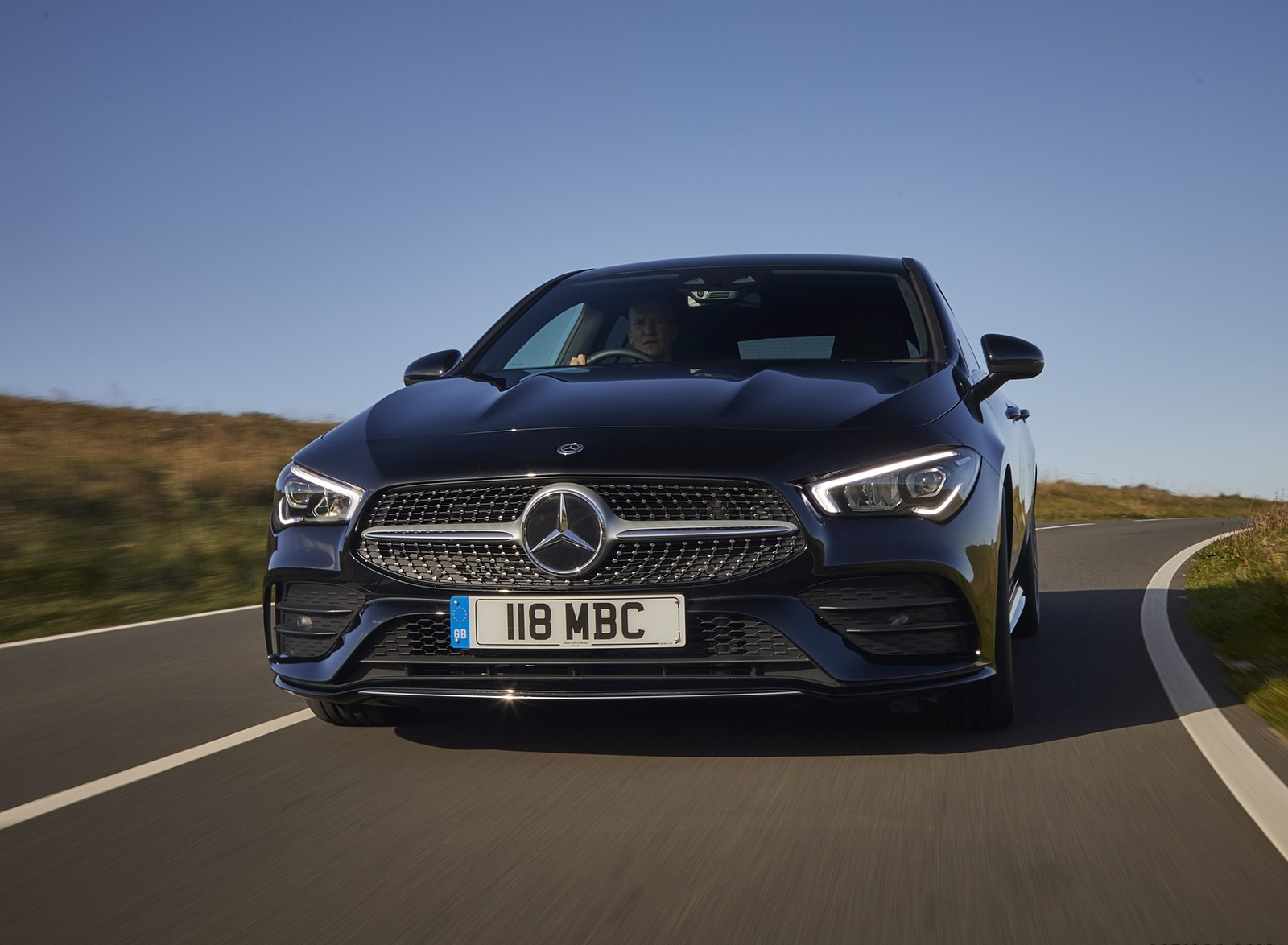 2020 Mercedes-Benz CLA 220 Shooting Brake (UK-Spec) Front Wallpapers (2)