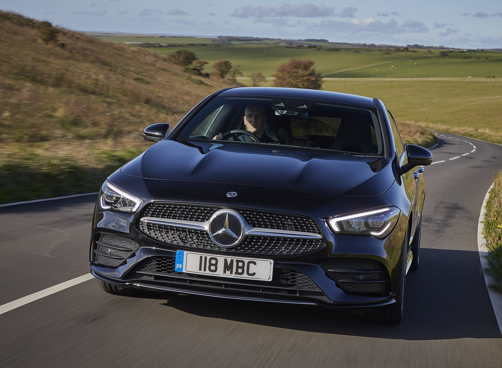 2020 Mercedes-Benz CLA 220 Shooting Brake (UK-Spec) Front Wallpapers (8)