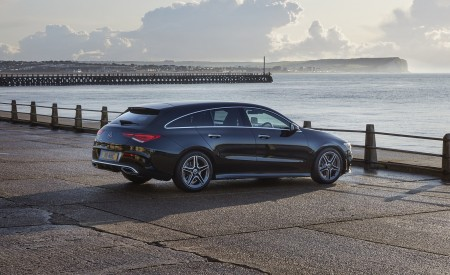 2020 Mercedes-Benz CLA 220 Shooting Brake (UK-Spec) Rear Three-Quarter Wallpapers 450x275 (30)