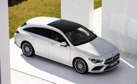 2020 Mercedes-Benz CLA Shooting Brake AMG-Line (Color: Digital White) Front Three-Quarter Wallpapers 450x275 (72)