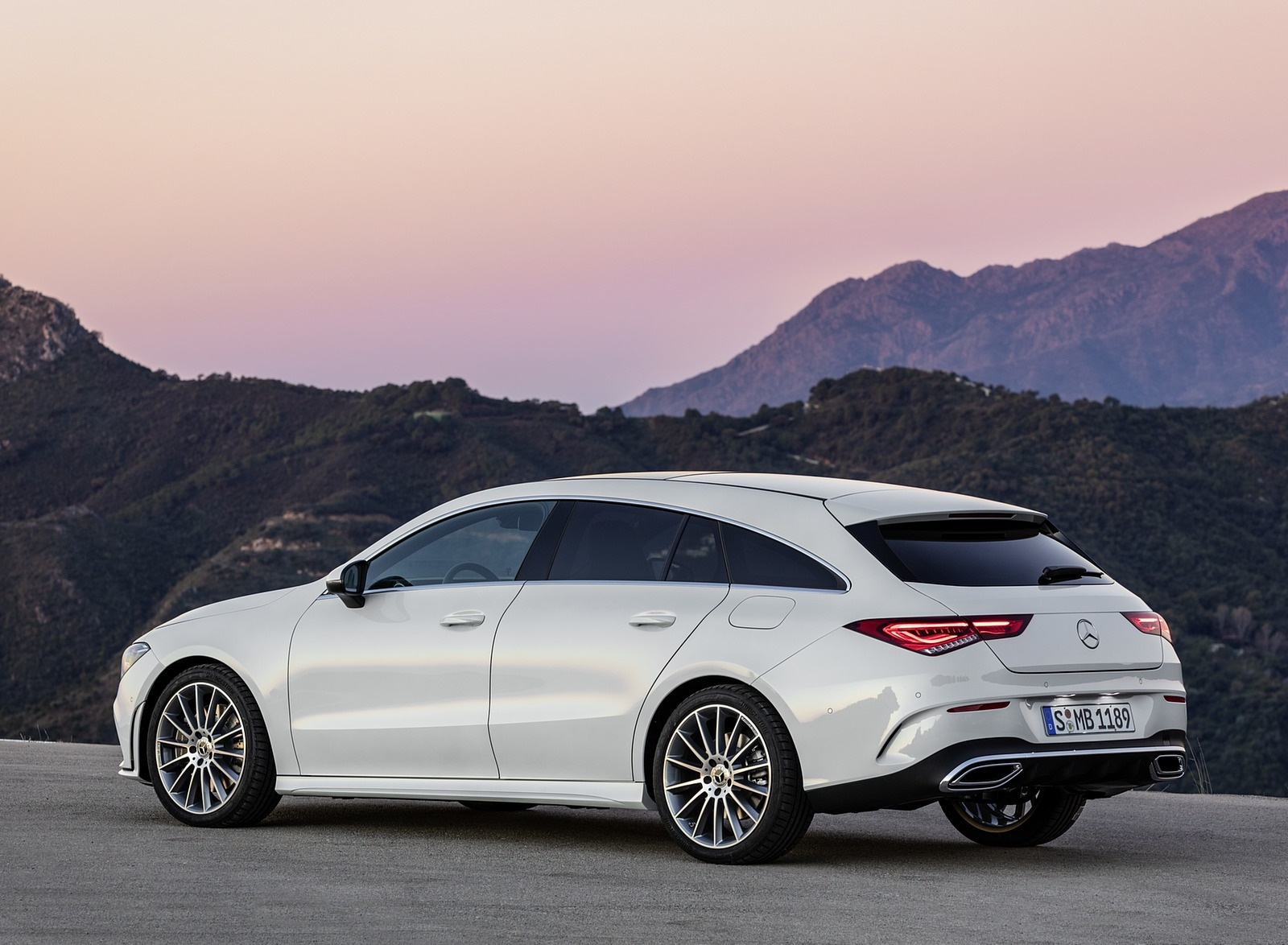 2020 Mercedes-Benz CLA Shooting Brake AMG-Line (Color: Digital White) Rear Three-Quarter Wallpaper (11)