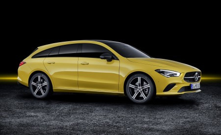 2020 Mercedes-Benz CLA Shooting Brake (Color: Sun Yellow) Front Three-Quarter Wallpapers 450x275 (85)