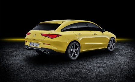 2020 Mercedes-Benz CLA Shooting Brake (Color: Sun Yellow) Rear Three-Quarter Wallpapers 450x275 (87)