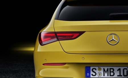 2020 Mercedes-Benz CLA Shooting Brake (Color: Sun Yellow) Tail Light Wallpapers 450x275 (92)