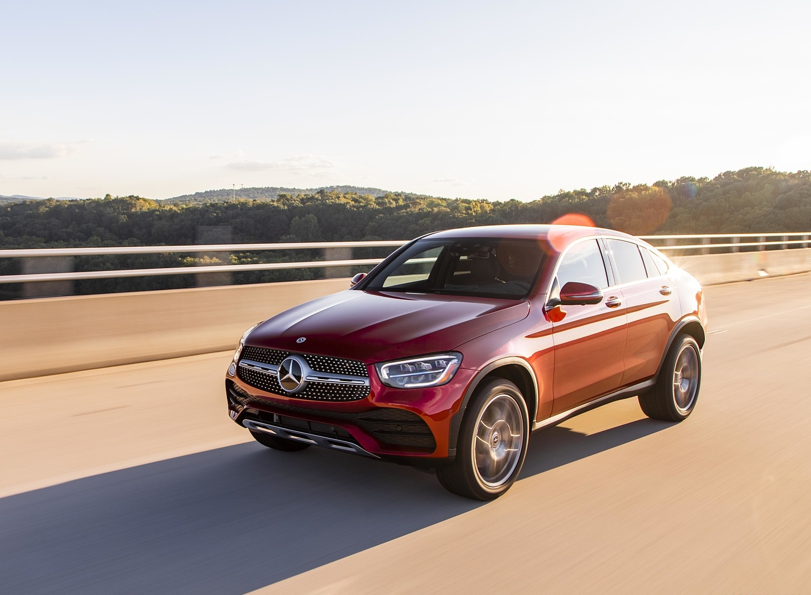 2020 Mercedes-Benz GLC 300 Coupe (US-Spec) Front Three-Quarter Wallpapers (8)