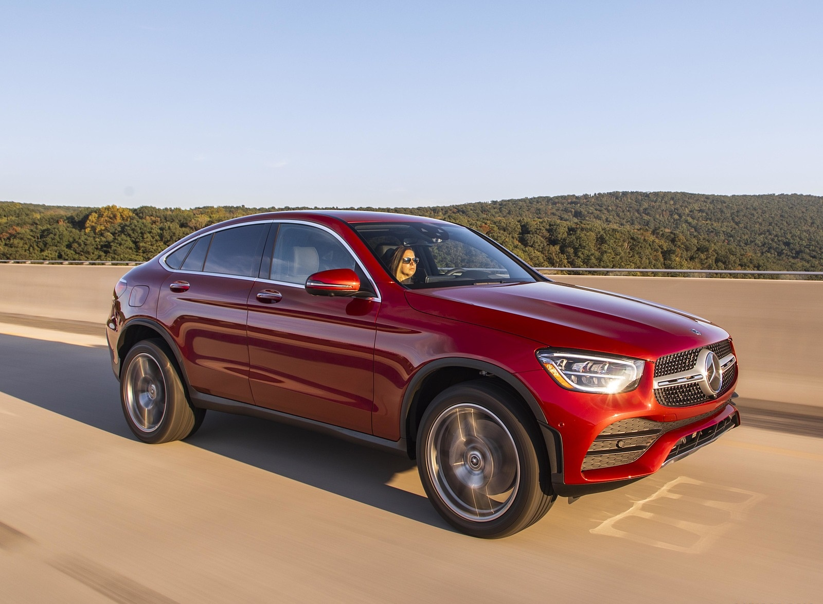 2020 Mercedes-Benz GLC 300 Coupe (US-Spec) Front Three-Quarter Wallpapers (5)