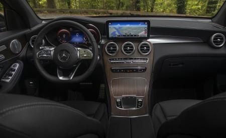 2020 Mercedes-Benz GLC 300 (US-Spec) Interior Cockpit Wallpapers 450x275 (22)