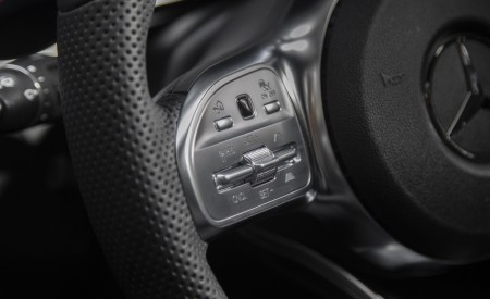 2020 Mercedes-Benz GLC 300 (US-Spec) Interior Detail Wallpapers 450x275 (27)