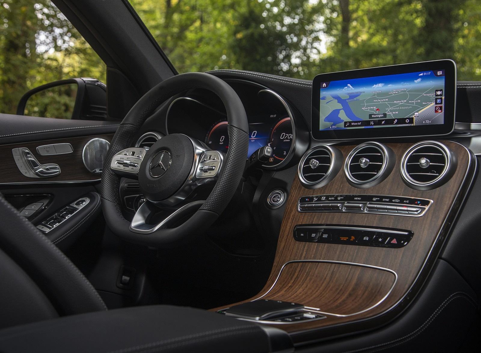 2020 Mercedes-Benz GLC 300 (US-Spec) Interior Wallpapers #18 of 62