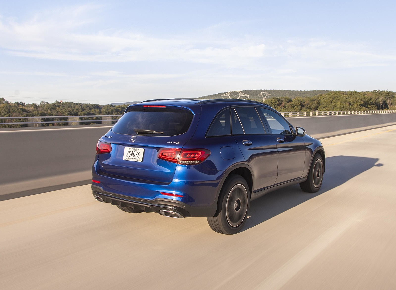 2020 Mercedes-Benz GLC 300 (US-Spec) Rear Three-Quarter Wallpapers #6 of 62