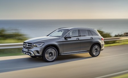2020 Mercedes-Benz GLC (Color: Designo Selenite Grey Magno) Front Three-Quarter Wallpapers 450x275 (38)