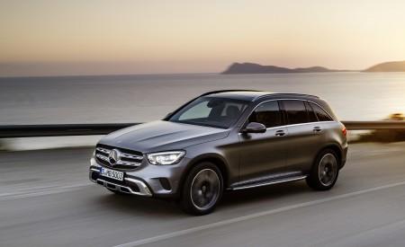 2020 Mercedes-Benz GLC (Color: Designo Selenite Grey Magno) Front Three-Quarter Wallpapers 450x275 (40)