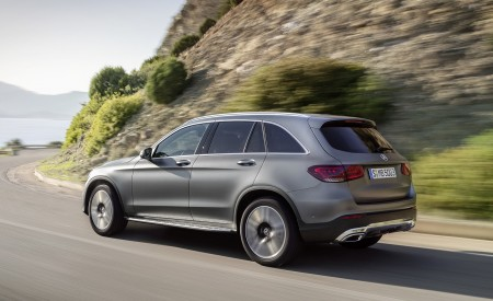 2020 Mercedes-Benz GLC (Color: Designo Selenite Grey Magno) Rear Three-Quarter Wallpapers 450x275 (42)